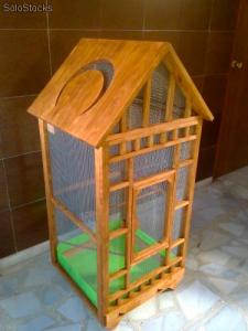 Jaulas de madera para pajaros